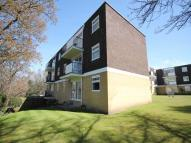 2 bed Flat to rent in High Pines...