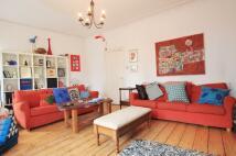 4 bed home in Fitzhammon Embankment...