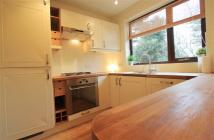 2 bedroom Flat to rent in The Avenue, Llandaff...
