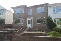 5 bedroom semi detached house in Lake Road West...
