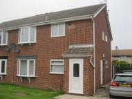 Flat to rent in Kingsway Close...