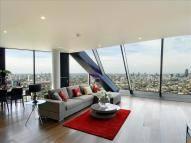 Flat to rent in Walworth Road, London...