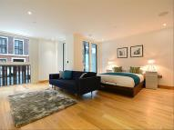 Flat in Horseferry Road...