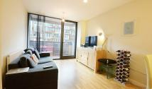 Flat to rent in Amelia Street, London...