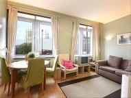 1 bed Flat to rent in Whitehouse Apartments...