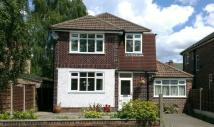 4 bedroom Detached house in Park Road, Timperley...