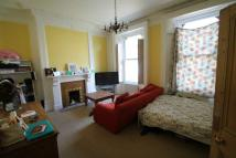 2 bedroom Flat in St. Ann's Crescent...
