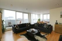 Riverside West Penthouse to rent