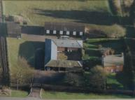 3 bed Farm House in Blackhorse Farm...