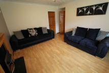 3 bedroom Flat to rent in Rannoch Drive, Renfrew