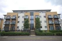 2 bed Flat in Cottons Approach, Romford