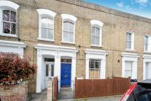 3 bed Terraced property to rent in Mayall Road, London