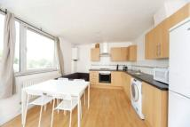 4 bed Flat in Portsea House...