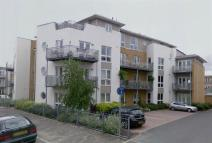 2 bed Flat in Bridge Wharf, Chertsey