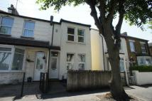 2 bedroom End of Terrace house in Trinity Road...