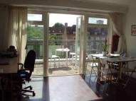 1 bedroom Flat in Phoenix Court...