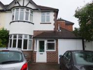 4 bed semi detached house to rent in Melrose Avenue...
