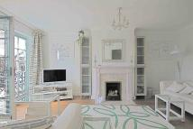4 bedroom Town House to rent in Cornwallis Square, London