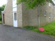 Flat to rent in Essenden Court...