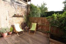 Flat in Whiston Road, E2