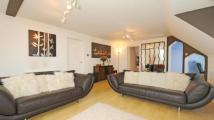 2 bed Penthouse in Springfield Court...
