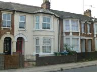 Maisonette to rent in Tring Road, Aylesbury