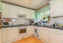 End of Terrace property to rent in St Pauls Close, Ealing...