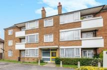 2 bed Flat in Pinner Road,  Northwood