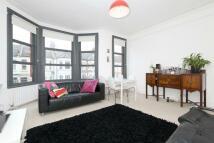 2 bedroom Flat to rent in Bathurst Gardens, London