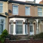 2 bed Terraced home in Meads Lane,  Ilford