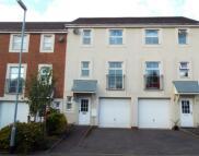 3 bedroom Terraced property to rent in Railway View...