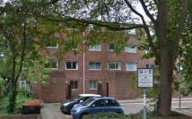 Ashcombe Court Flat to rent