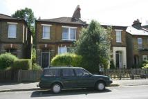 2 bedroom Maisonette to rent in Grant Road,  Croydon