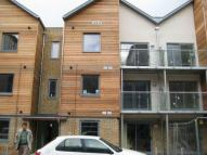 Flat in Quayside Drive...