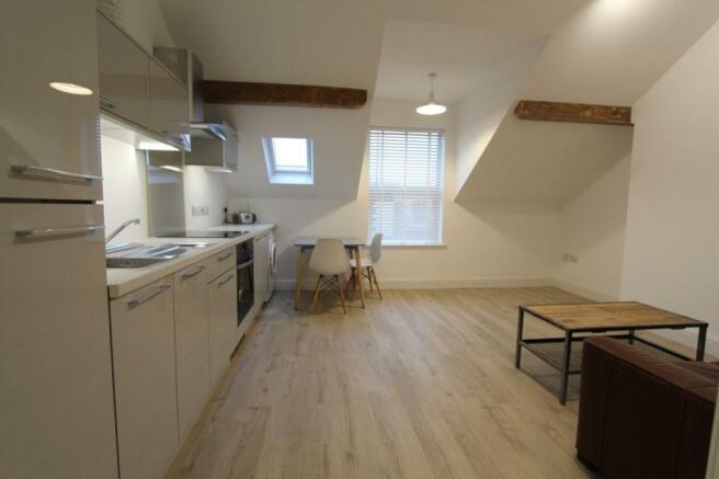 Flat 2 Lounge_Kitchen.jpg