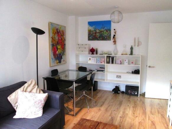Reception_room__Flat_3_Leyla_House__2_Dunn_Street__E8_2DB_(14).jpg