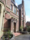Apartment to rent in The Avenue, Sale, M33