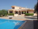 Villa for sale in Estói, Algarve