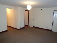 1 bedroom Ground Flat to rent in Flat 1, King Mews...