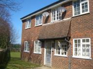 Flat to rent in Burbeach Close, Crawley...