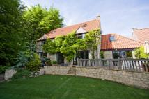 5 bed Detached property for sale in Christmas Cottage...