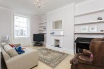 2 bed Flat in Englefield Road, London...