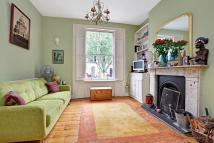 Flat in Offord Road, London, N1