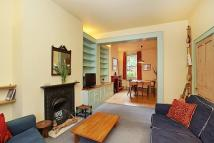 3 bed house in Ringcroft Street, London...