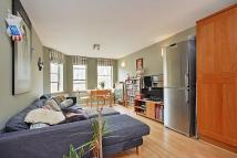 Flat to rent in Almorah Road, London, N1