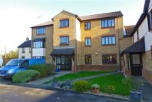 Vicarage Court Ground Flat to rent