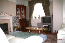 Flat in Cazenove Road, London...