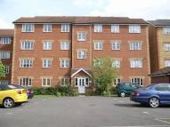 Flat to rent in Village Close, Hoddesdon