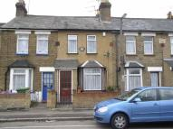 2 bed property to rent in Old Highway, Hoddesdon
