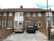 3 bed Terraced house in Braid Avenue, London W3